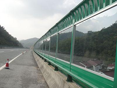 桥梁声屏障案例
